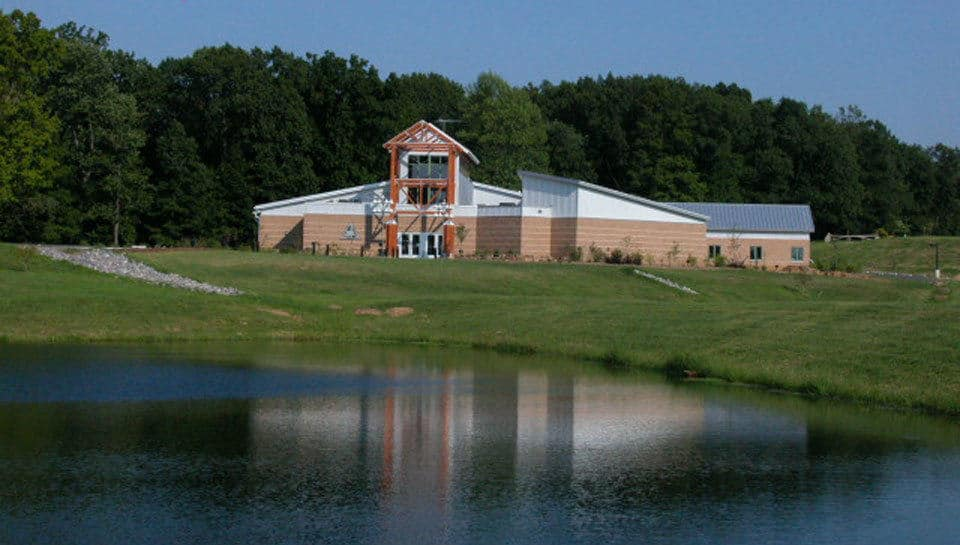 A visit to the Cape Girardeau Conservation Campus is a seamless experience in which visitors take on a variety of new perspectives as they discover the region and the site, inside and outdoors.