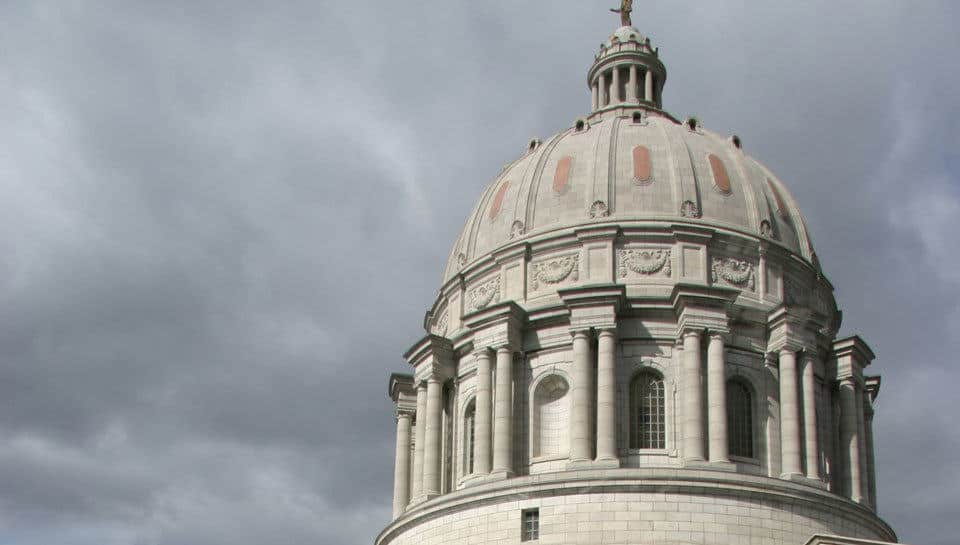 Missouri State Capitol roofing replacement and parapet restoration.