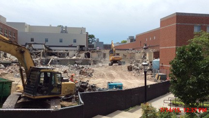 Demolition at Lafferre Hall 2015-07-14.