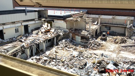 Demolition at Lafferre Hall 2015-07-20.