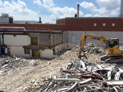 Demolition at Lafferre Hall 2015-09.