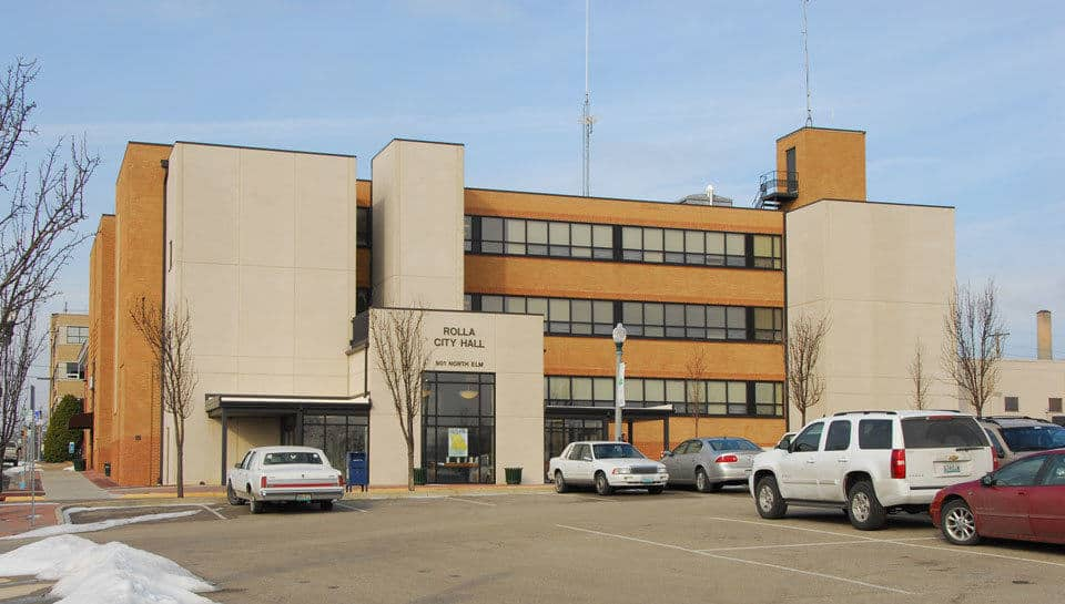 Working closely with City of Rolla staff, PWA and their consultants developed a plan to renovate the existing 21,600 square foot Rolla City hall.