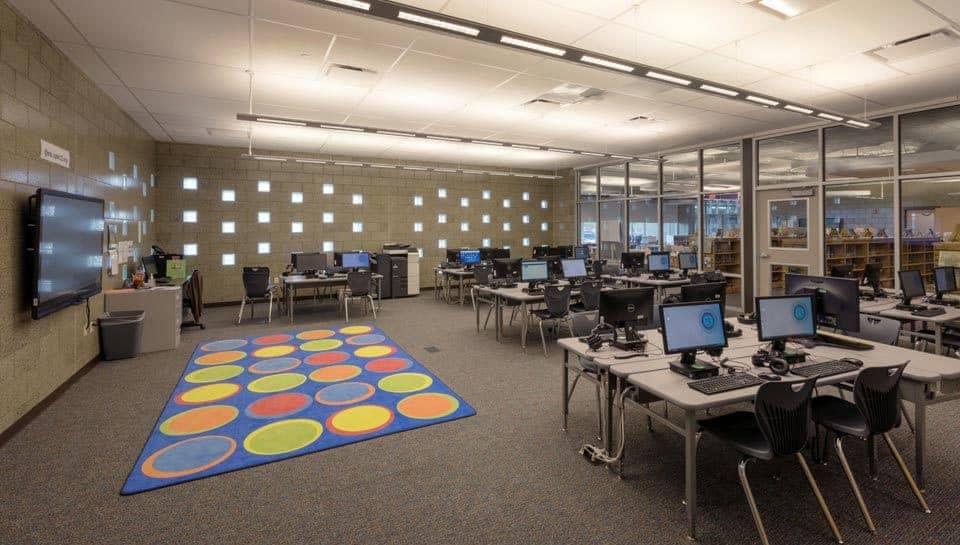 Cedar Ridge Elementary School Computer Room, Columbia Public Schools