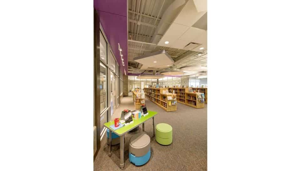 Cedar Ridge Elementary School Media Room Corner, Columbia Public Schools
