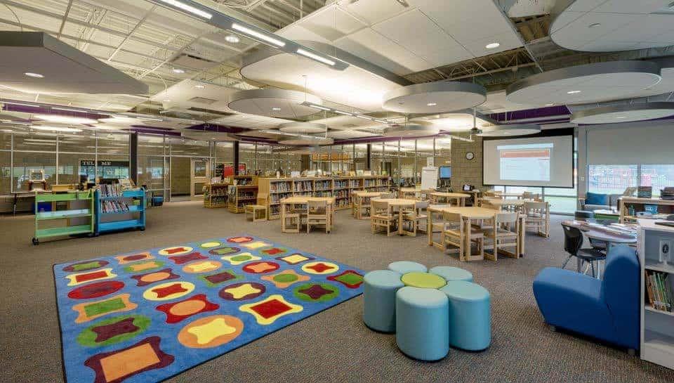 Cedar Ridge Elementary School Media Room, Columbia Public Schools